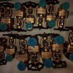 Foto de válvulas de control de agua de materiales especiales